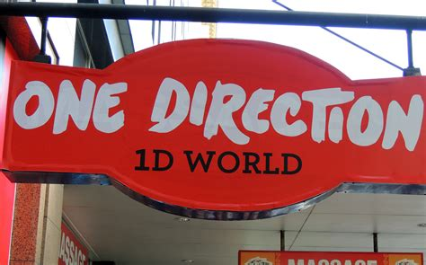 The Top 6 One Direction Gifts - Everywhere