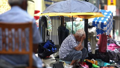 How many Hongkongers are really living in poverty? | South