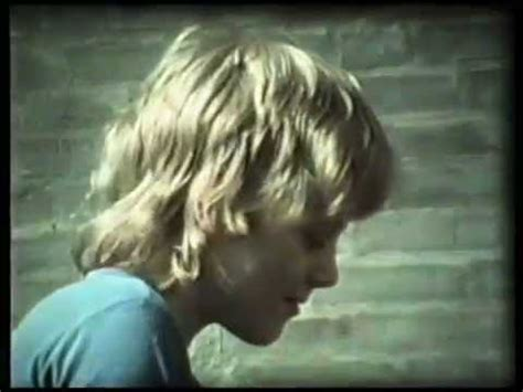 The 2 casting ,,You are not alone,,, camera in 8 mm - YouTube