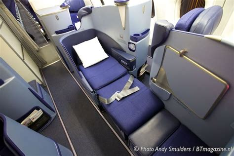 AIR BERLIN BUSINESS CLASS REVIEW   Article - Wed 29 Oct
